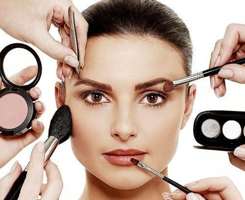 elegancebeautygroup_elegance_makeuptrainingcourse_1478711640Makeup